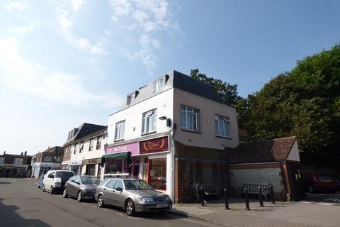 Studio to rent - Brunswick Road, Shoreham-by-Sea