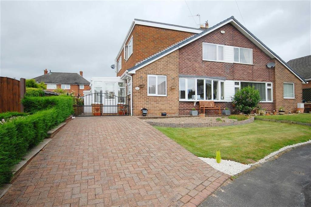 3 Bedrooms Semi Detached Bungalow for sale in Woodside Grove, Allerton Bywater, Castleford, WF10