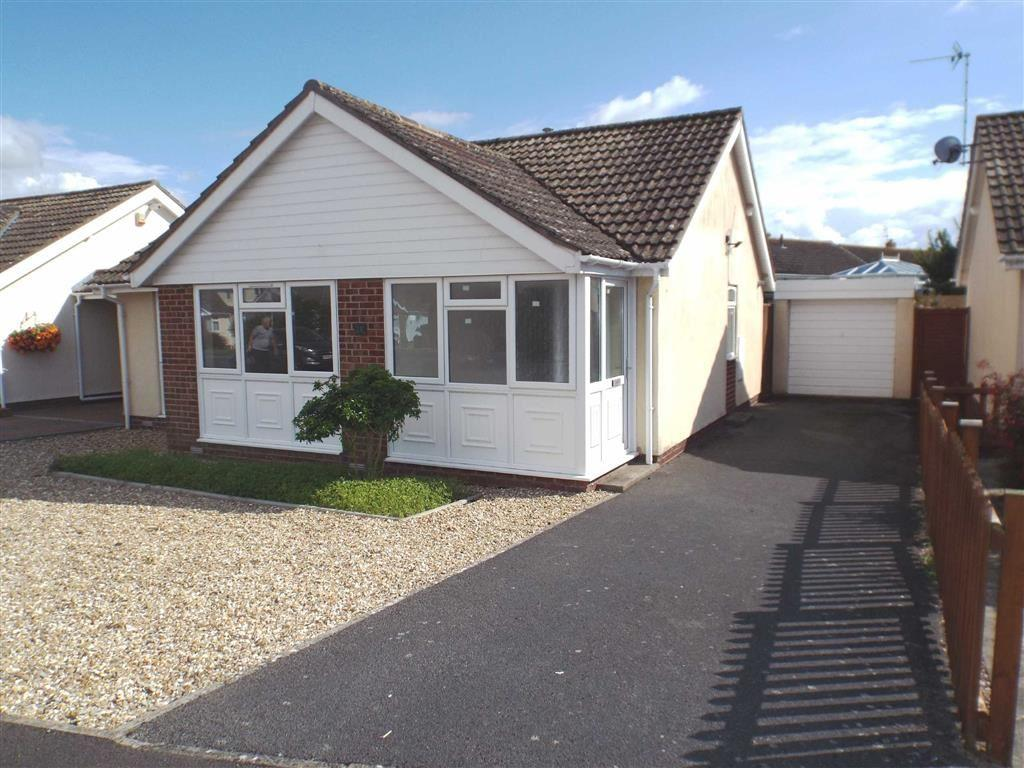 2 Bedrooms Detached Bungalow for sale in Martins Close, Burnham-on-Sea