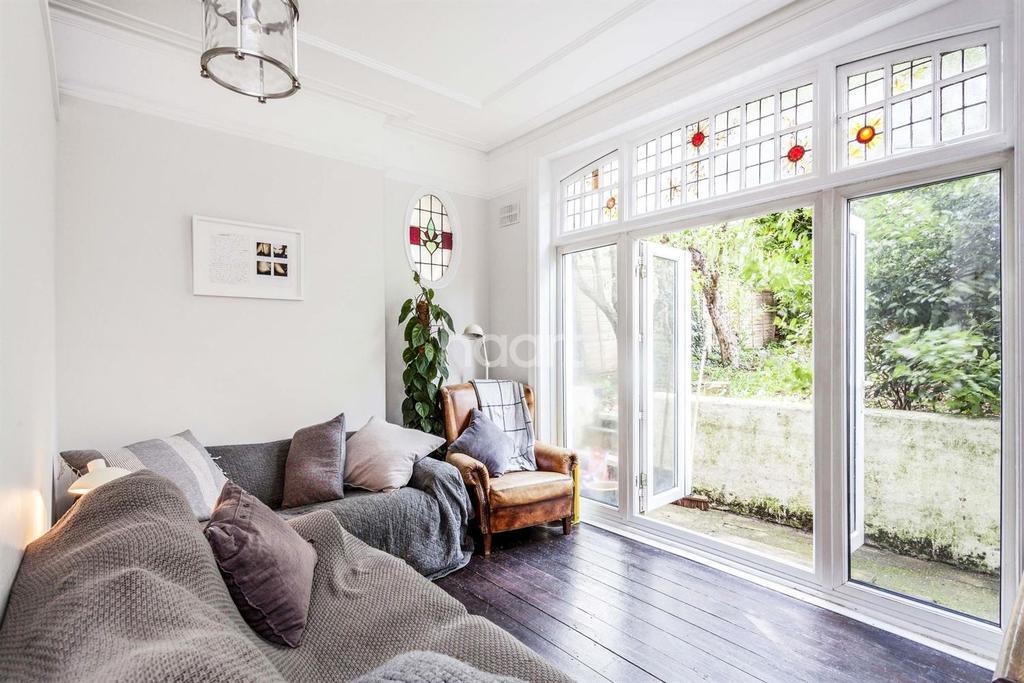1 Bedroom Flat for sale in Broxholm Road, West Norwood, SE27