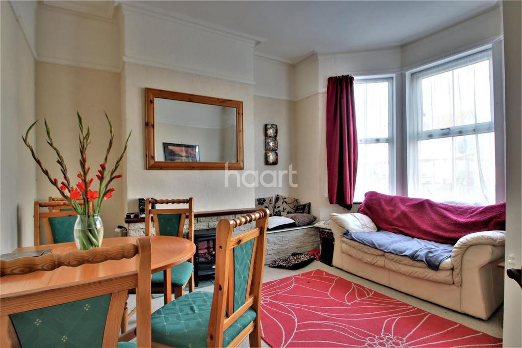 4 Bedrooms Terraced House for sale in Hayes Road