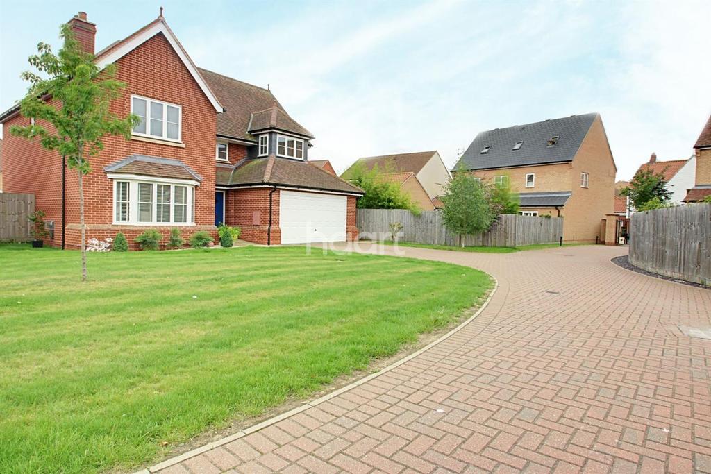 4 Bedrooms Detached House for sale in Hering Drive, Heybridge
