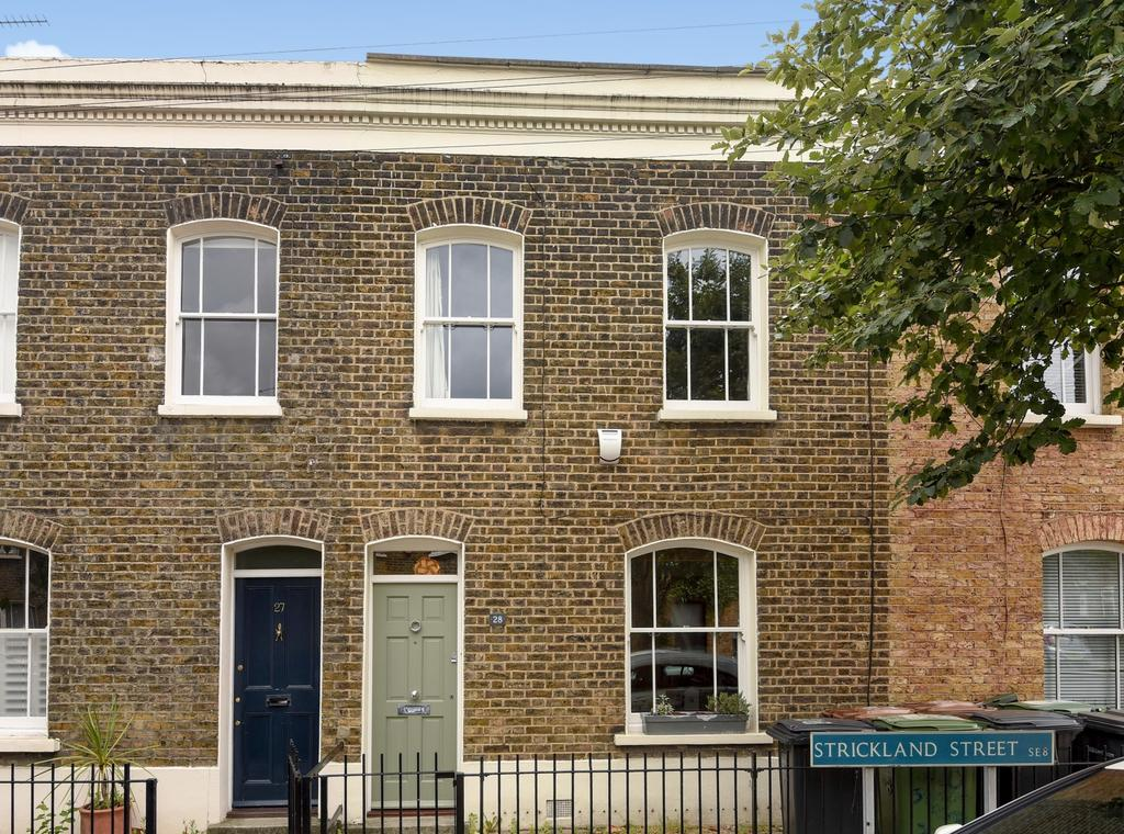 2 Bedrooms Terraced House for sale in Strickland Street London SE8