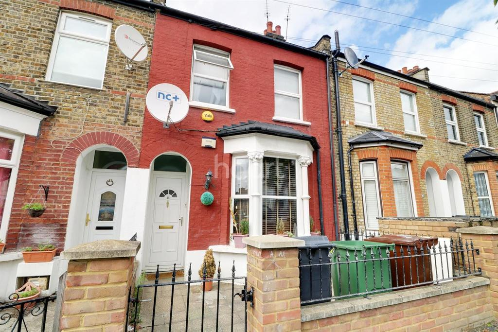 3 Bedrooms Terraced House for sale in Woodlands Road, Walthamstow