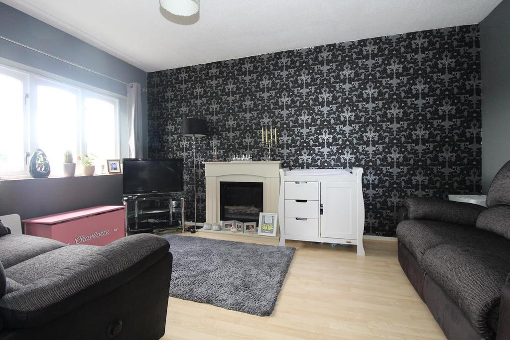 1 Bedroom Maisonette Flat for sale in Wickham Road, Witham, Essex, CM8