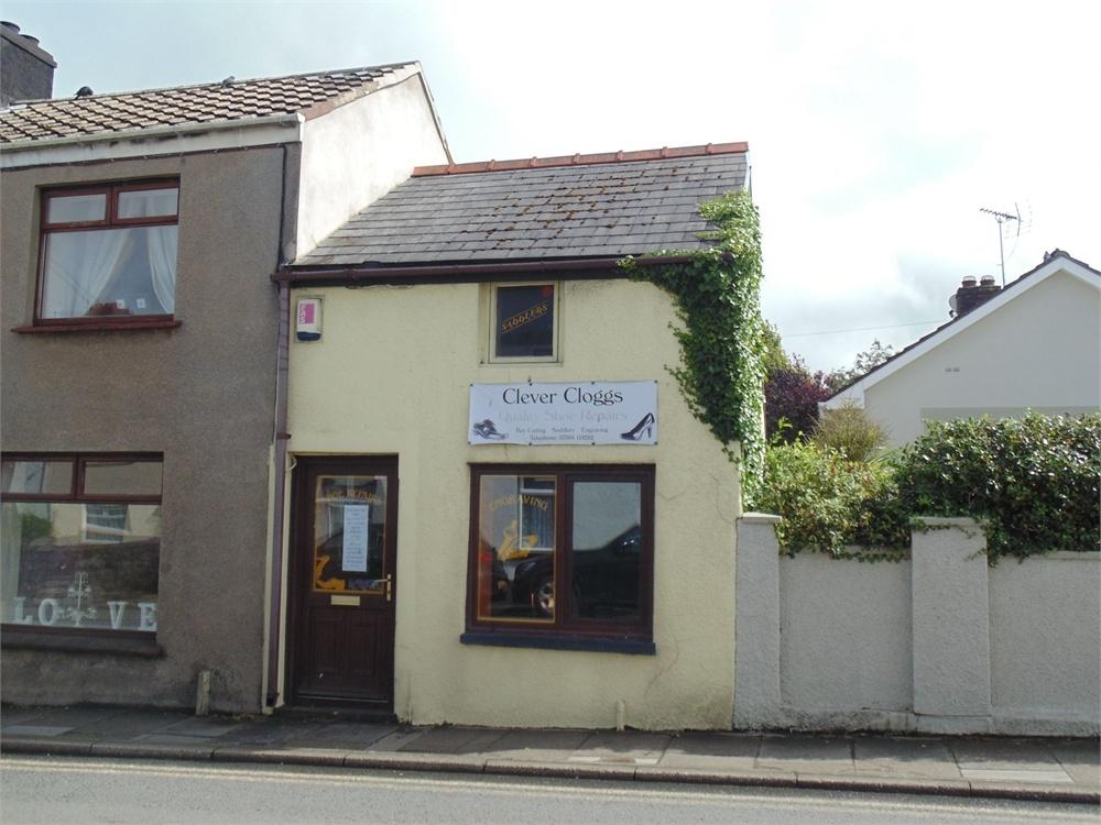 End Of Terrace House for sale in 81 Portfield, Haverfordwest, Pembrokeshire