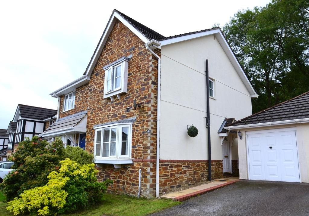 3 Bedrooms Semi Detached House for sale in Marks Drive, Bodmin