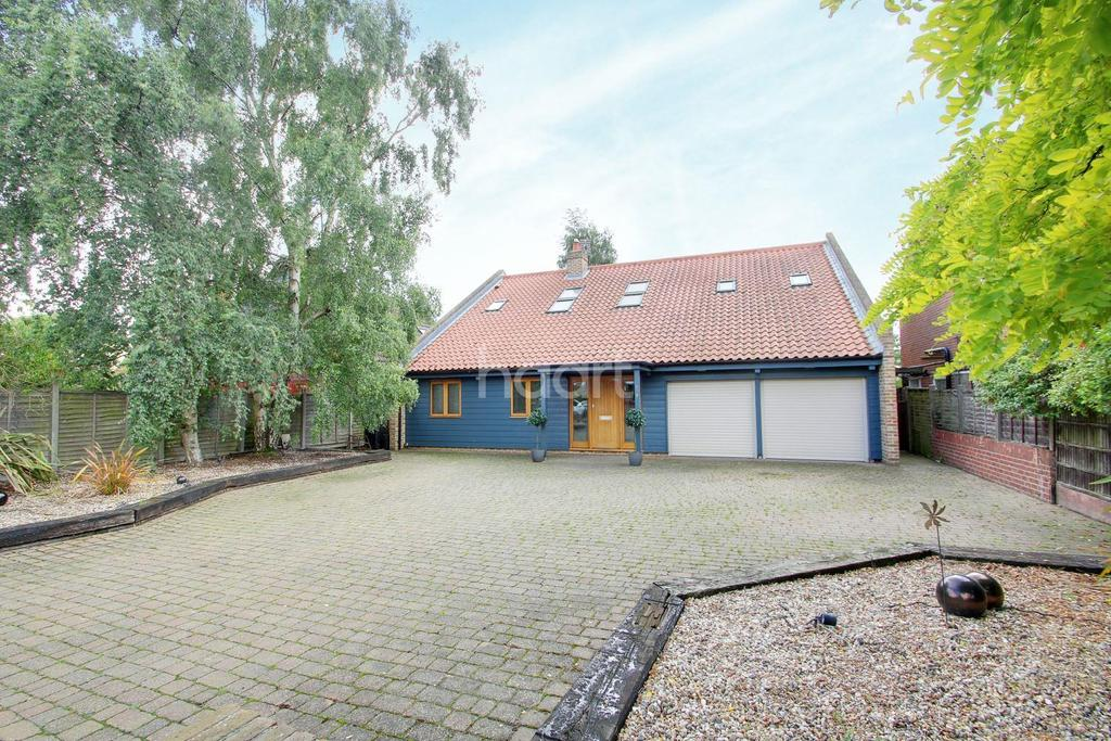4 Bedrooms Detached House for sale in Alresford, CO7