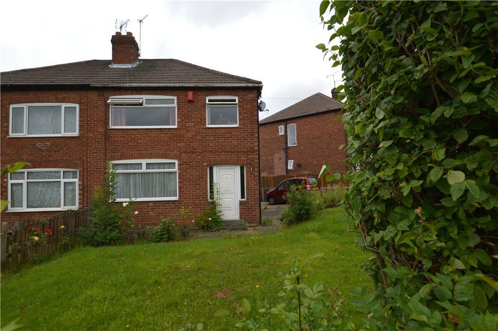 3 Bedrooms Semi Detached House for sale in Woodland Rise, Leeds, West Yorkshire