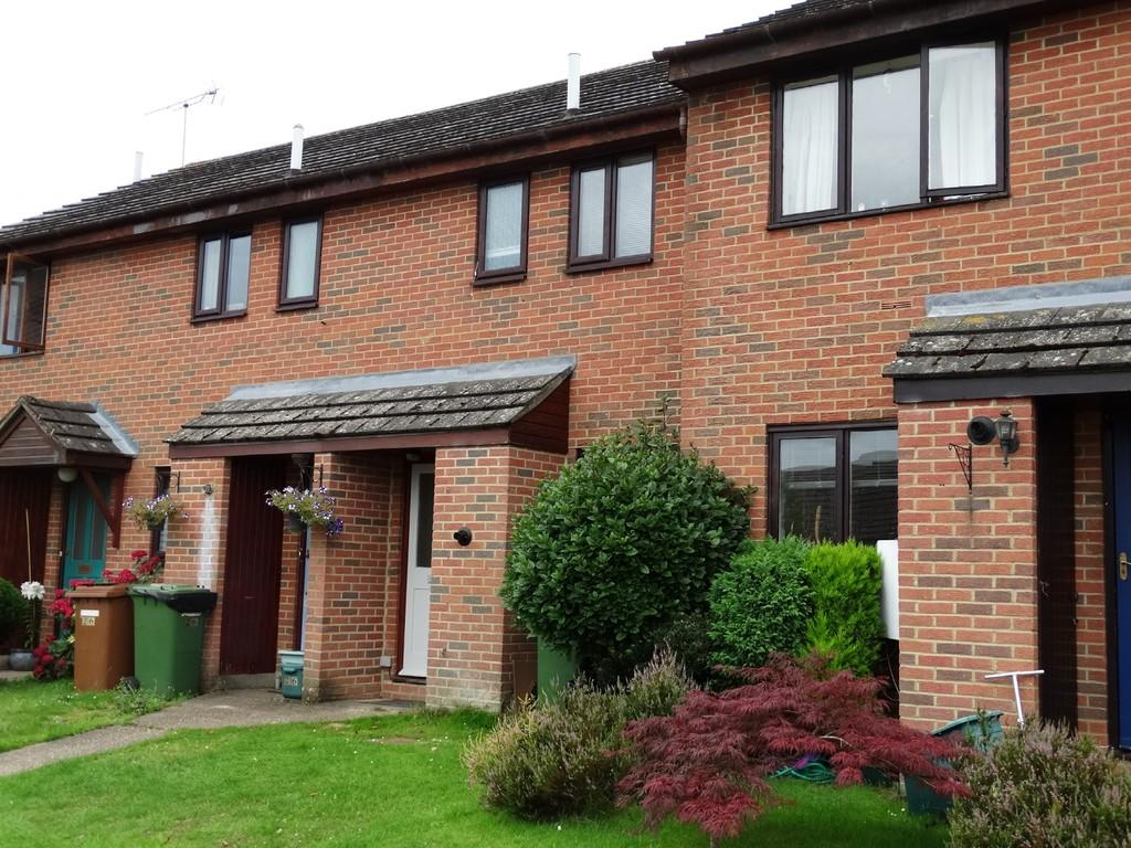 2 Bedrooms Terraced House for sale in Hawkhurst, Kent