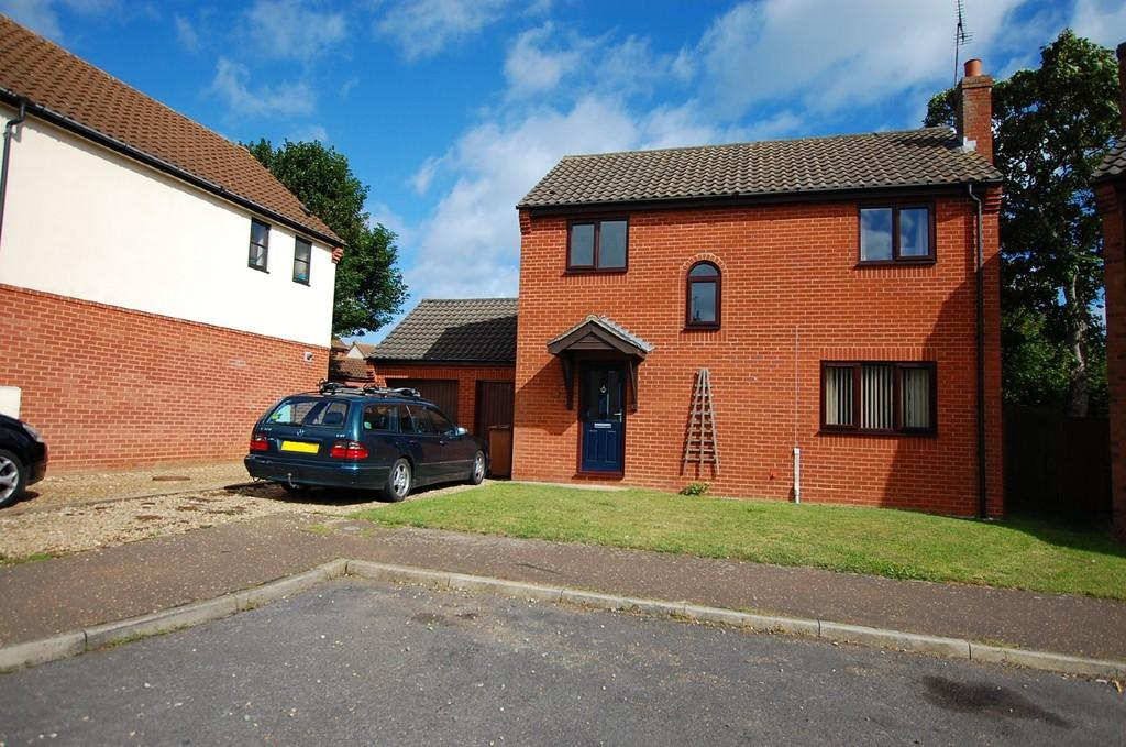 3 Bedrooms Link Detached House for sale in All Saints Way, Mundesley