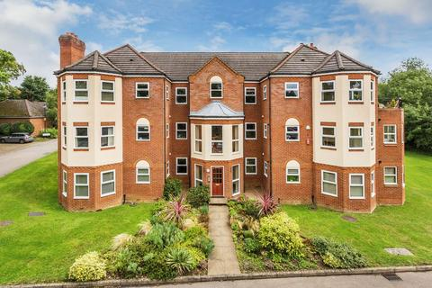 2 bedroom apartment to rent - Hale Place, Farnham
