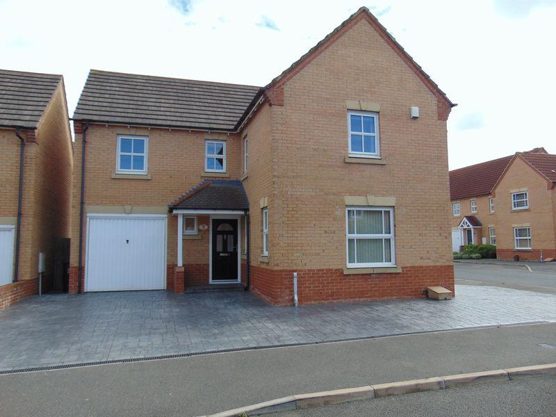 4 Bedrooms Detached House for sale in Fenwick Close, Backworth, Newcastle Upon Tyne