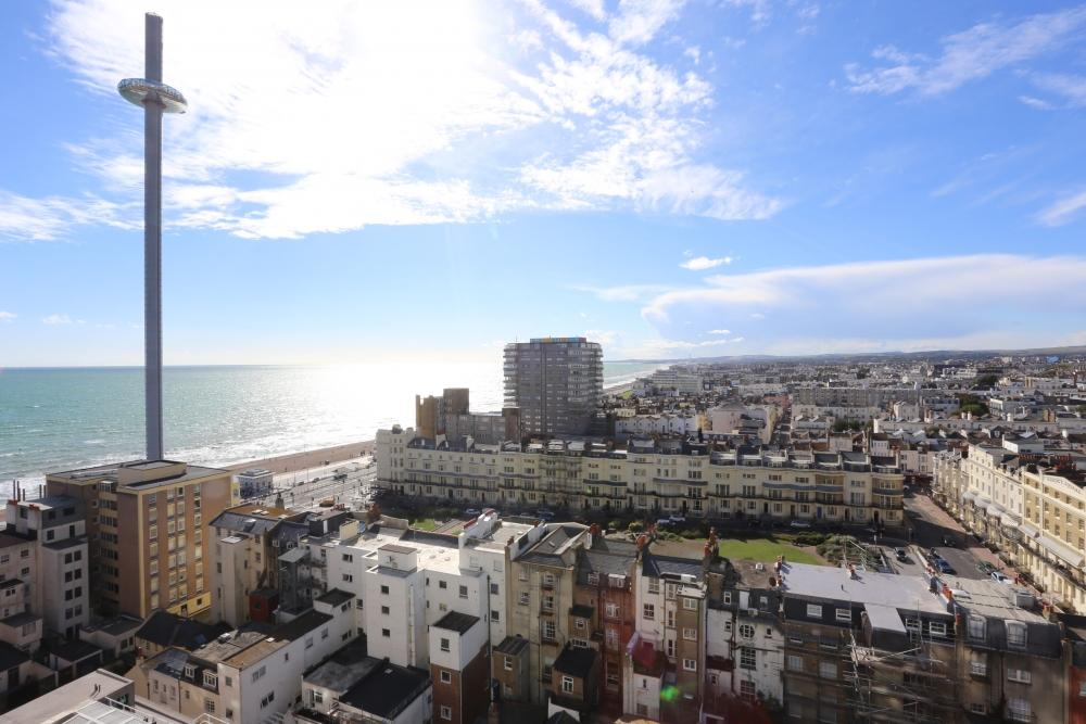 2 Bedrooms Flat for rent in St Margarets Place, Brighton