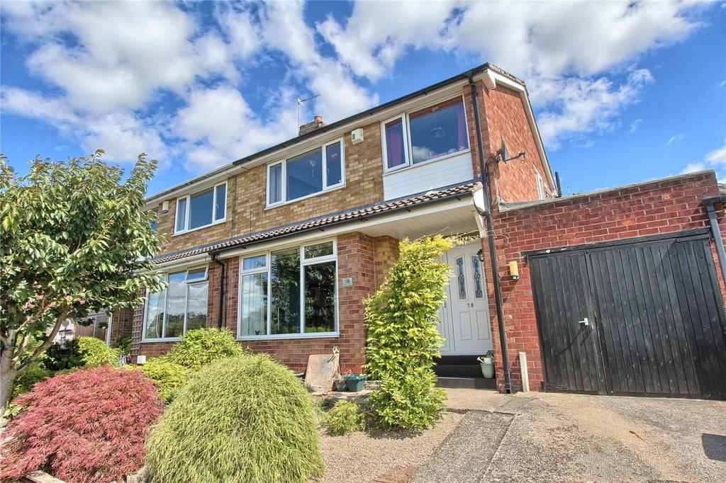 3 Bedrooms Semi Detached House for sale in Seymour Crescent, Eaglescliffe
