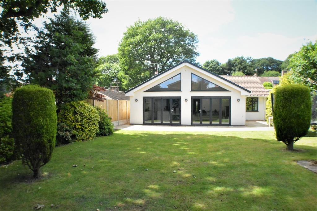 3 Bedrooms Detached Bungalow for sale in Waterson Close, Mansfield
