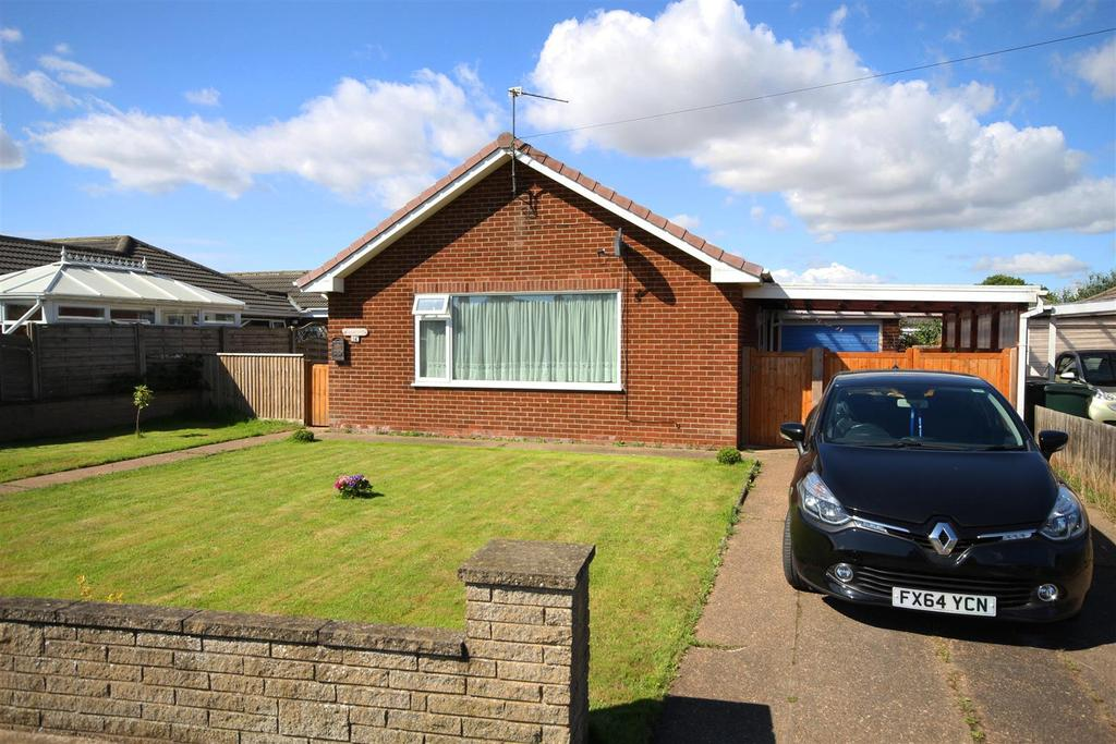 2 Bedrooms Detached Bungalow for sale in 14 Locksley Road, Mablethorpe