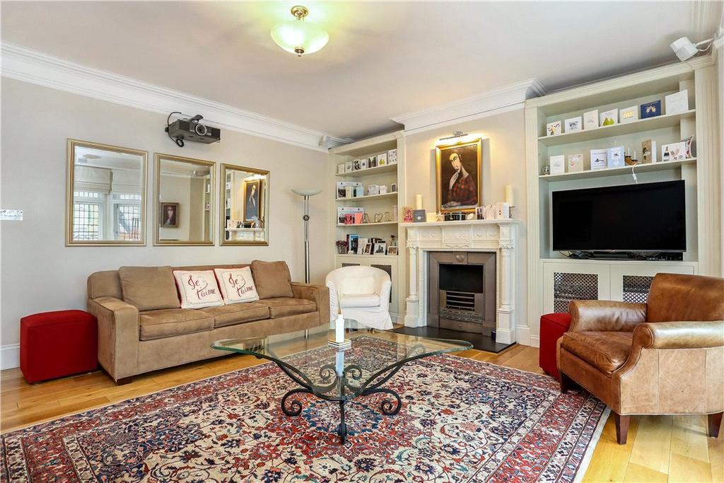 2 Bedrooms Flat for sale in St James's Street, St James's, London, SW1A