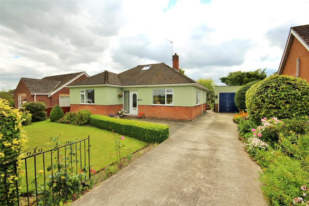 3 Bedrooms Detached Bungalow for sale in Accommodation Road, Horncastle, LN9