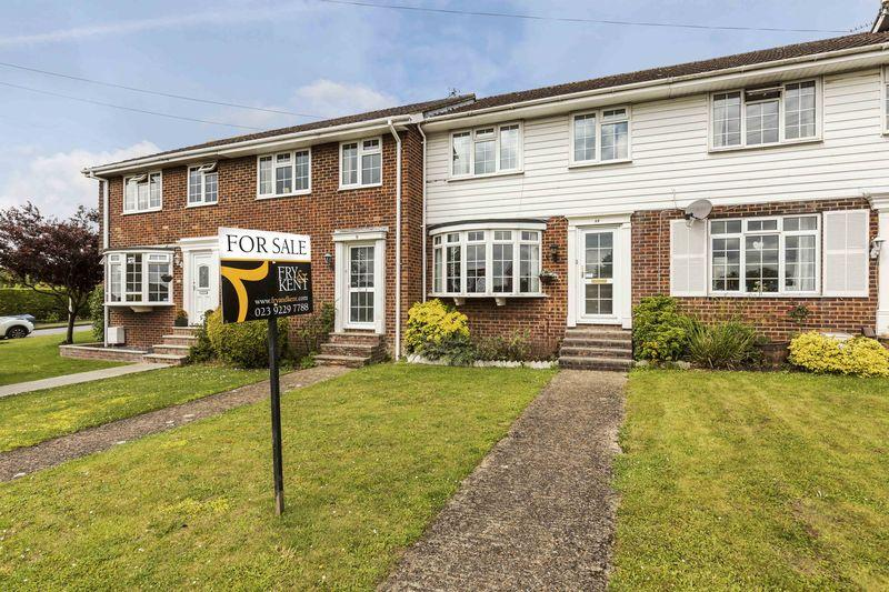 3 Bedrooms Terraced House for sale in New Road, Clanfield