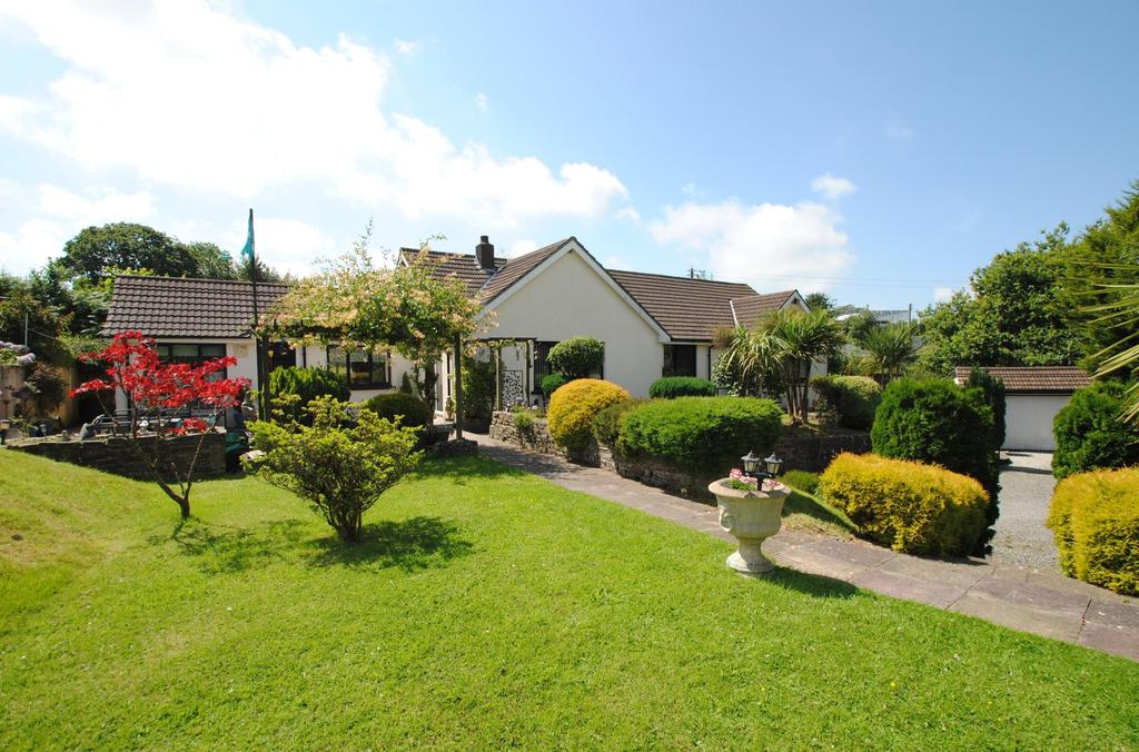 4 Bedrooms Bungalow for sale in Little Torrington, Torrington