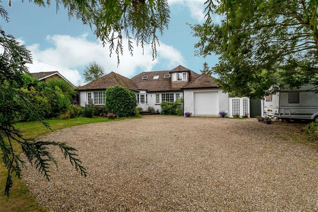5 Bedrooms Detached Bungalow for sale in Church Road, Ashford, Kent