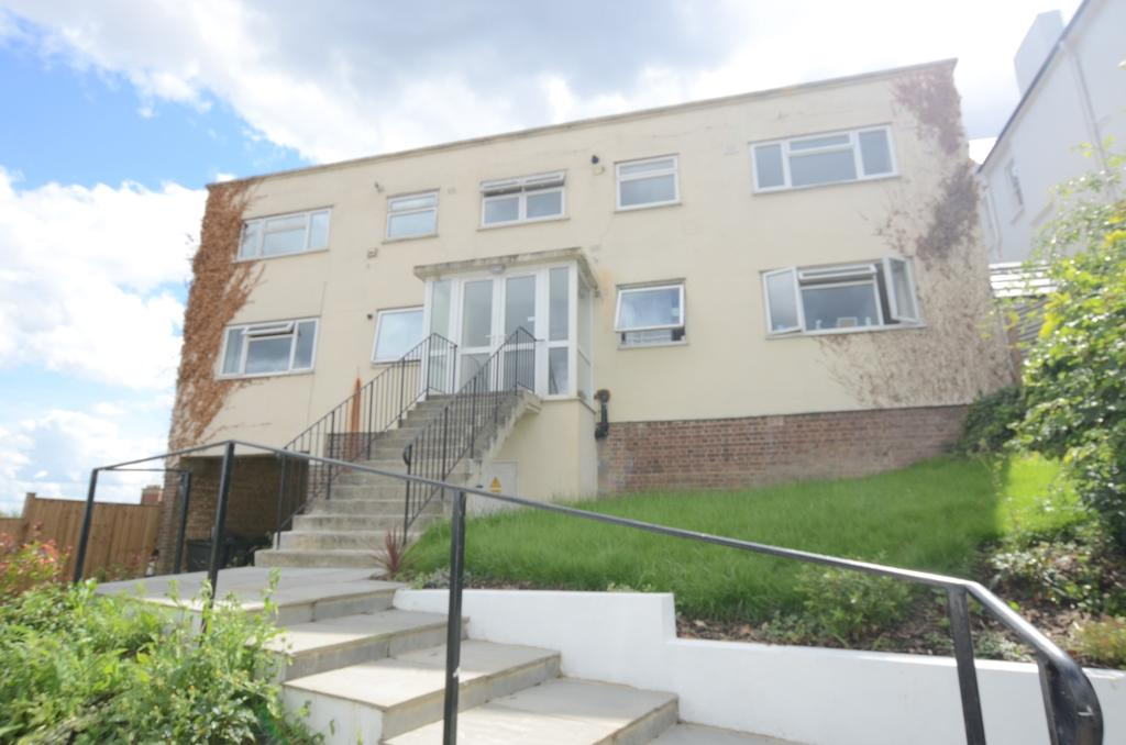 2 Bedrooms Flat for sale in Canonbie Road Forest Hill SE23