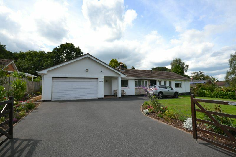 4 Bedrooms Detached Bungalow for sale in PINEFIELDS CLOSE, OTTERY ST MARY