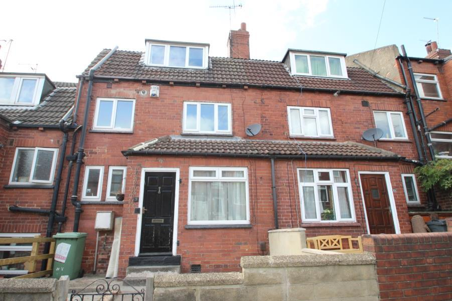 3 Bedrooms Terraced House for sale in WOODSIDE TERRACE, BURLEY, LEEDS, LS4 2QT