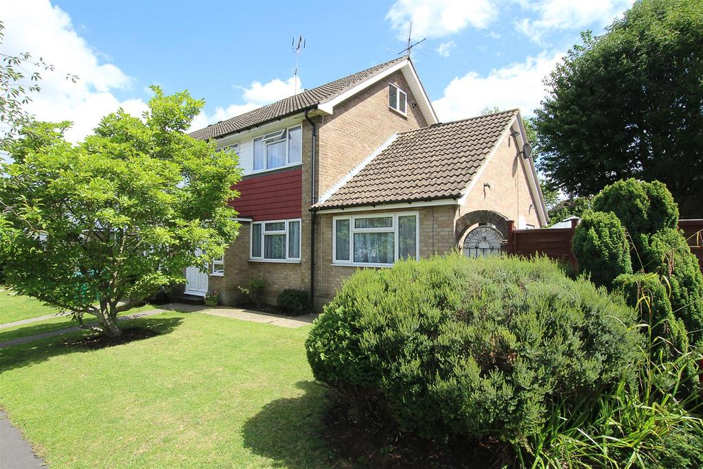 3 Bedrooms End Of Terrace House for sale in Thornridge, Brentwood