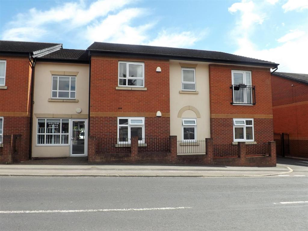 2 Bedrooms Flat for sale in Vista Road, Newton-Le-Willows