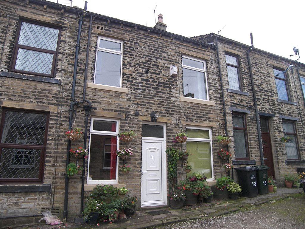 1 Bedroom Terraced House for sale in Wellington Street, Wilsden, Bradford, West Yorkshire