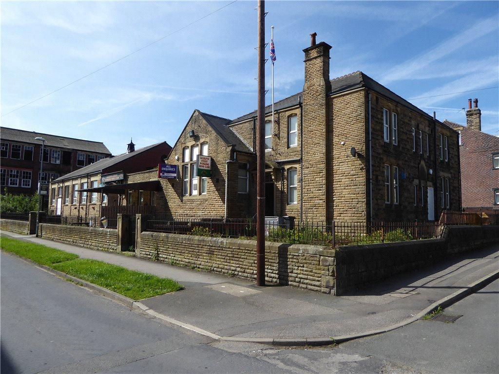 3 Bedrooms House for sale in Ackroyd St WMC, South Parade, Morley, Leeds