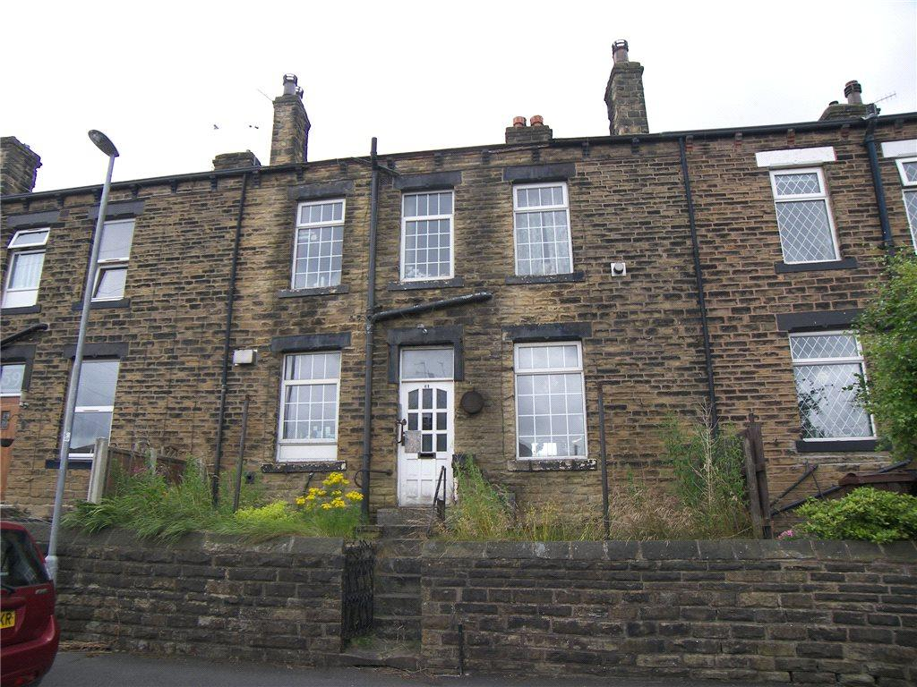 2 Bedrooms Terraced House for sale in Brunswick Road, Pudsey, West Yorkshire