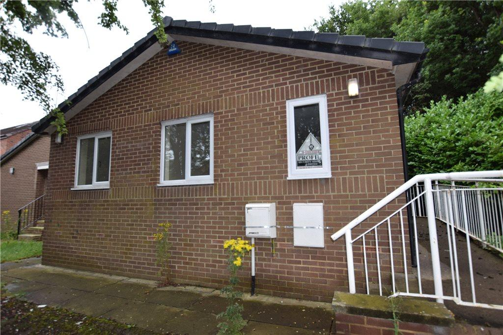 3 Bedrooms Semi Detached Bungalow for sale in Wilfrid Terrace, Wortley