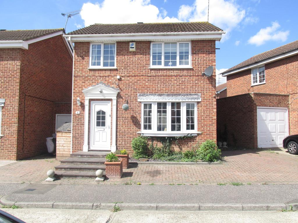 3 Bedrooms Link Detached House for sale in Repton Grove, Eastwood, Southend-On-Sea, Essex SS2