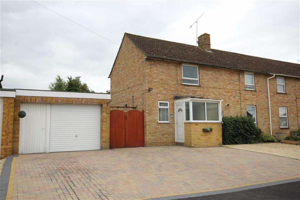 3 Bedrooms Semi Detached House for sale in Oldfield, Central, Tewkesbury, Gloucestershire