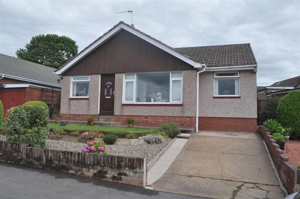 3 Bedrooms Bungalow for sale in Clifford Road, Penrith