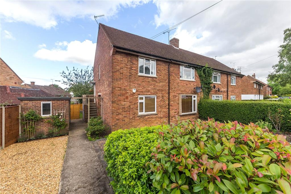 2 Bedrooms Flat for sale in Dymoke Green, St. Albans, Hertfordshire