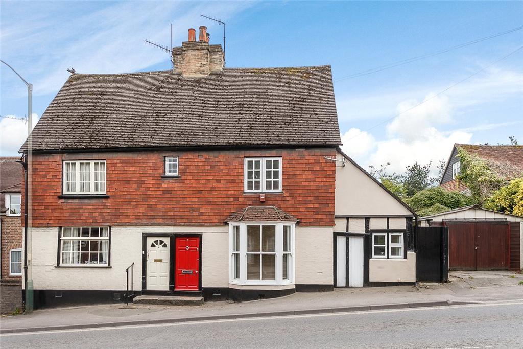 3 Bedrooms Semi Detached House for sale in Herd Street, Marlborough, Wiltshire, SN8