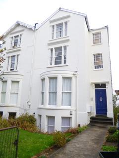 2 bedroom flat to rent - Hampton Park, Redland