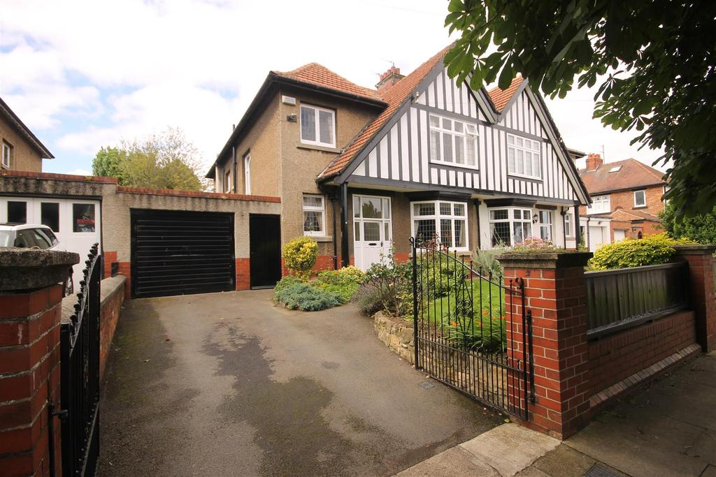 4 Bedrooms Semi Detached House for sale in The Grove, Hartlepool