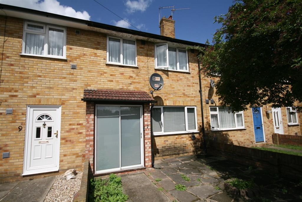 3 Bedrooms Terraced House for sale in Providence Lane, Hayes