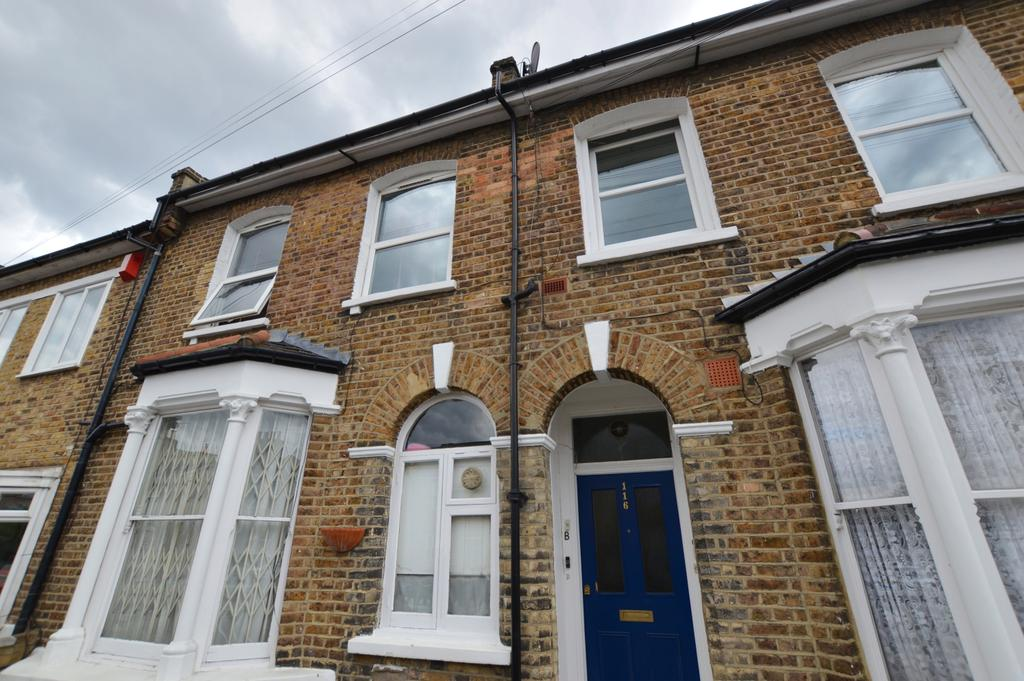1 Bedroom Flat for sale in Kirkwood Road Peckham SE15