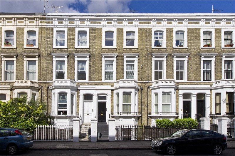 3 Bedrooms Maisonette Flat for sale in Finborough Road, London, SW10