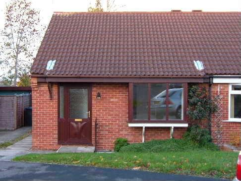 2 Bedrooms Detached Bungalow for sale in Scholla View, Northallerton DL6