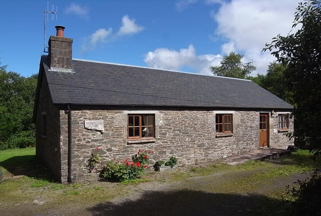3 Bedrooms Cottage House for sale in Bentpath, Langholm DG13
