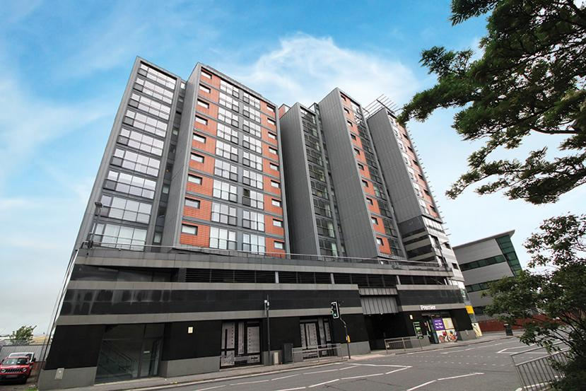 2 Bedrooms Flat for sale in 11/1 River Heights, Lancefield Quay, G3 8JF