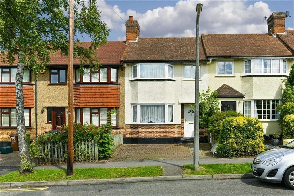 3 Bedrooms Terraced House for sale in Delcombe Avenue, Worcester Park, Surrey