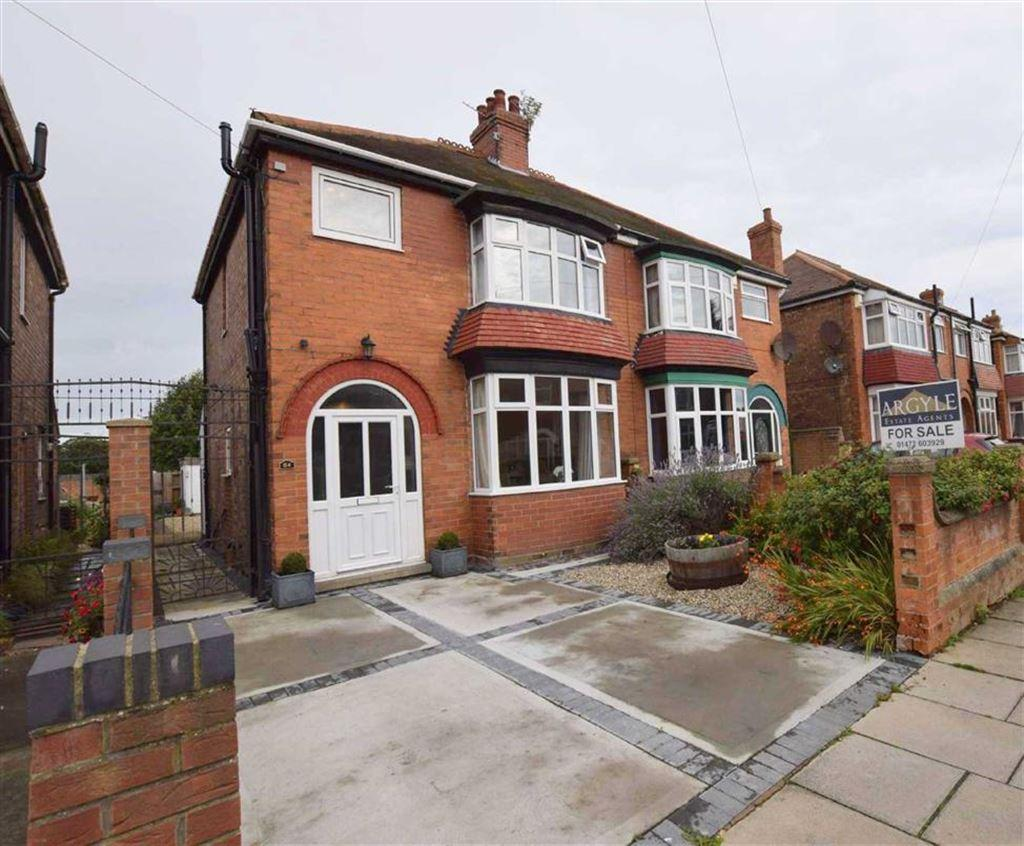3 Bedrooms Semi Detached House for sale in Elliston Street, Cleethorpes, North East Lincolnshire